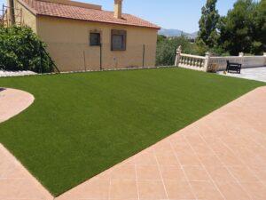 Césped artificial en terrazas privadas Busot - Greenbusters