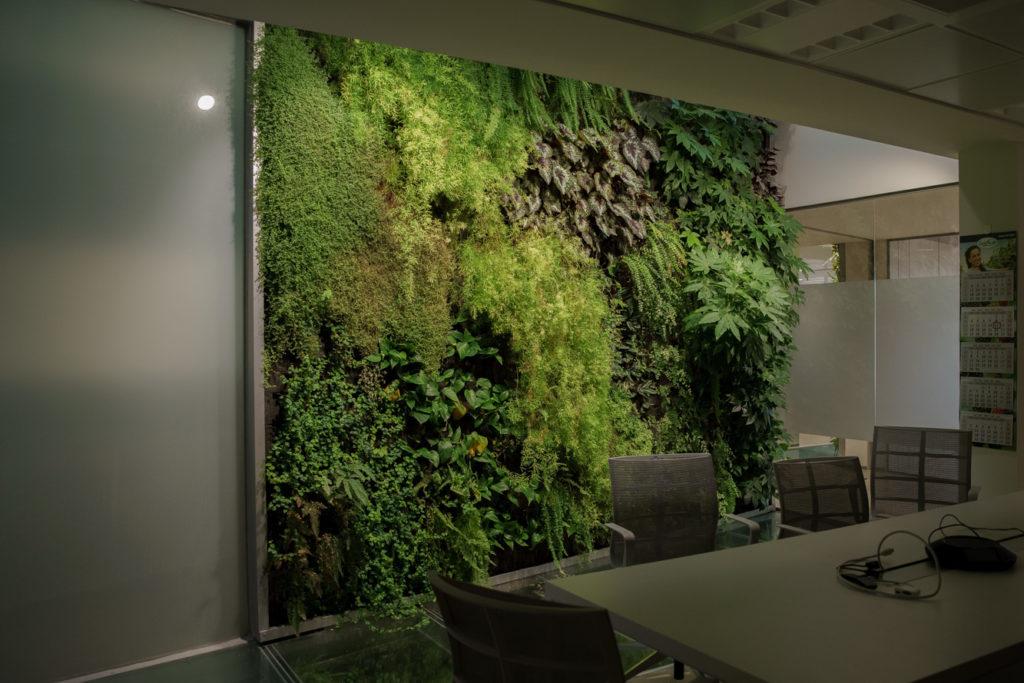 Jardines verticales en interior Greenbusters